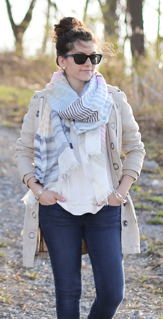 Linen hoodie, scarf and jacket with denim and studded flats
