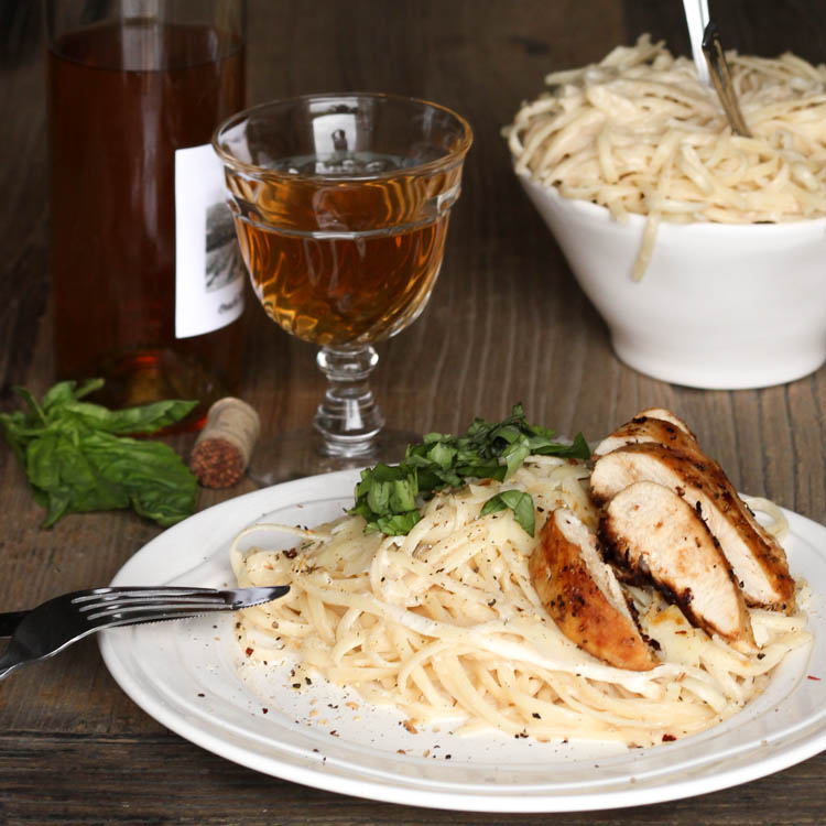 chicken garlic wine alfredo